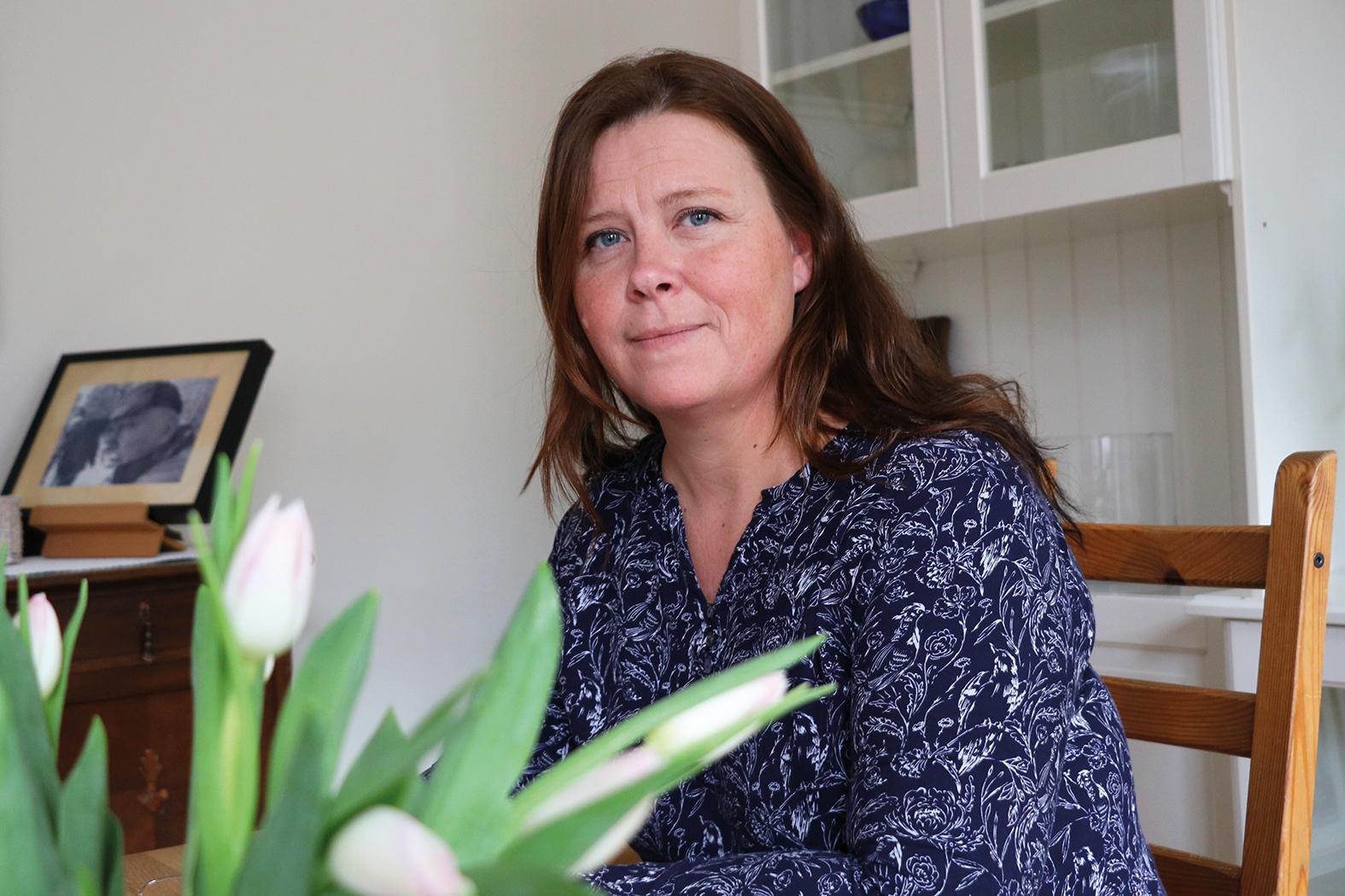 Lotta Risberg hemma i lägenheten i Strängnäs.