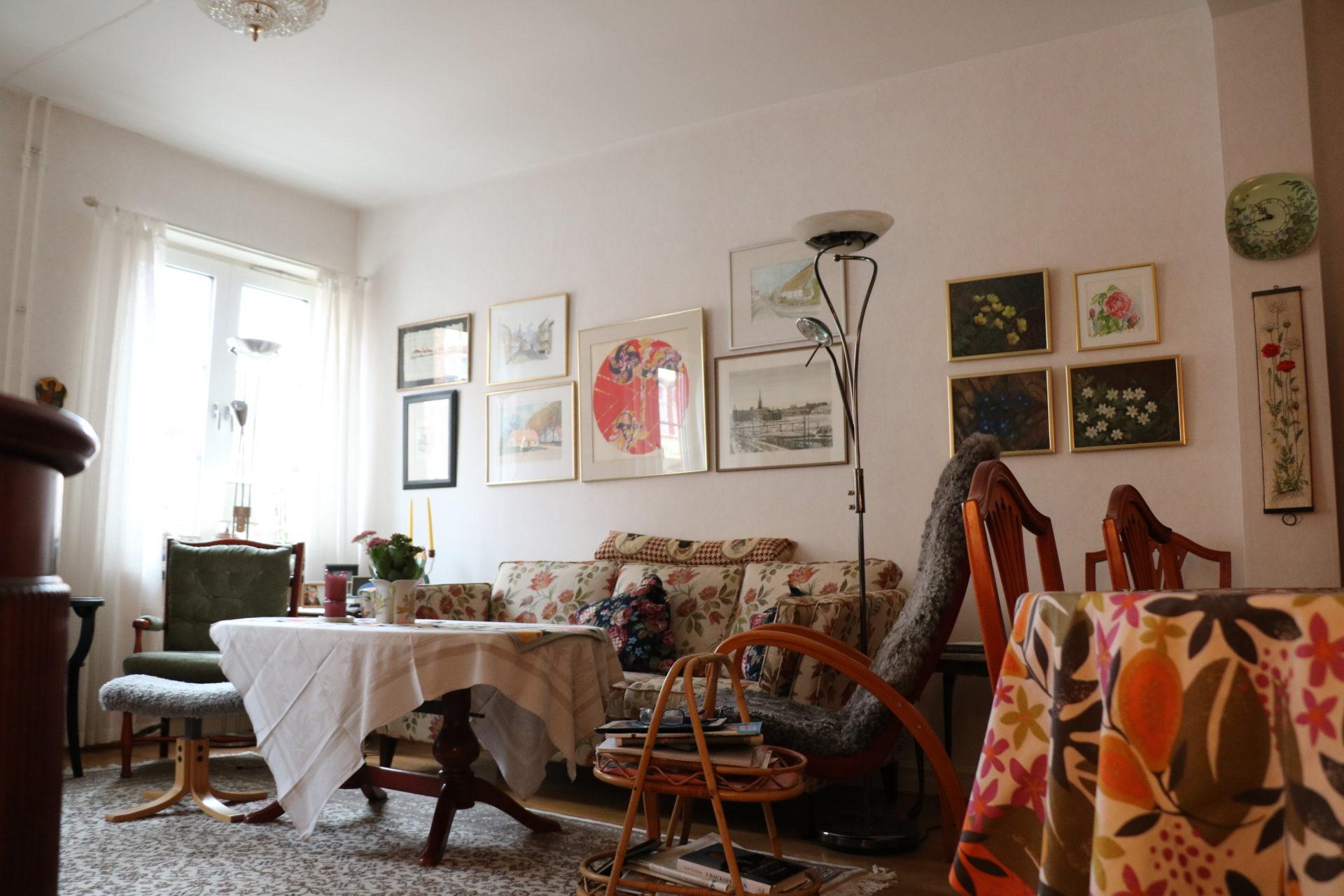 Ingeborgs härligt färgglada stil syns tydlig i lägenheten.
