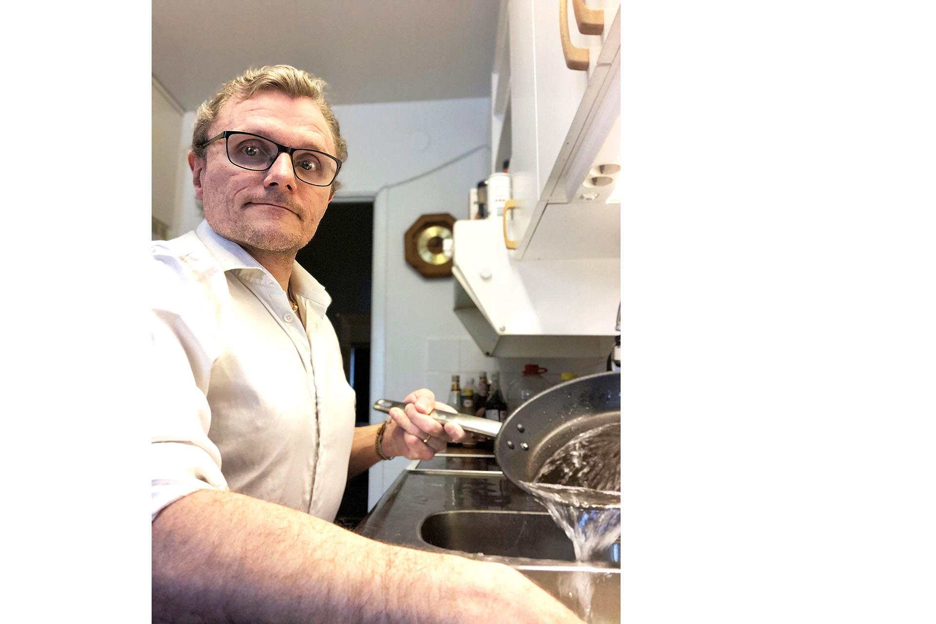 Lars-Göran Wadén har varit rullstolsburen hela sitt liv. Med sitt egna företag jobbar han för ett mer tillgängligt samhälle, för alla.