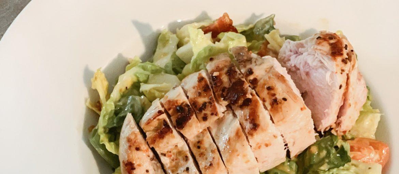 Hjemmelaget Cæsar salat